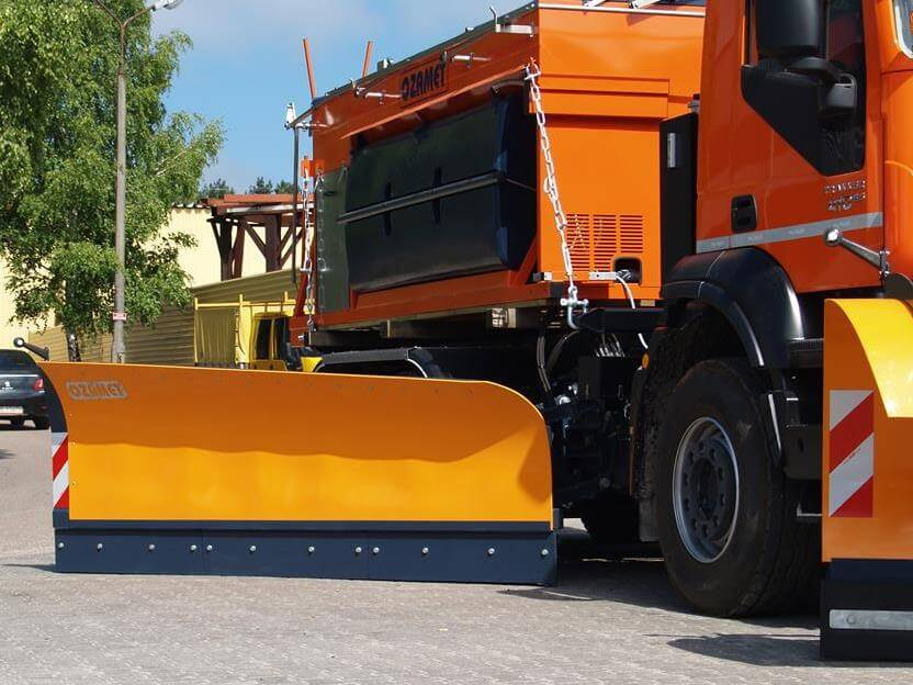 Lateral snow plough OZ-S